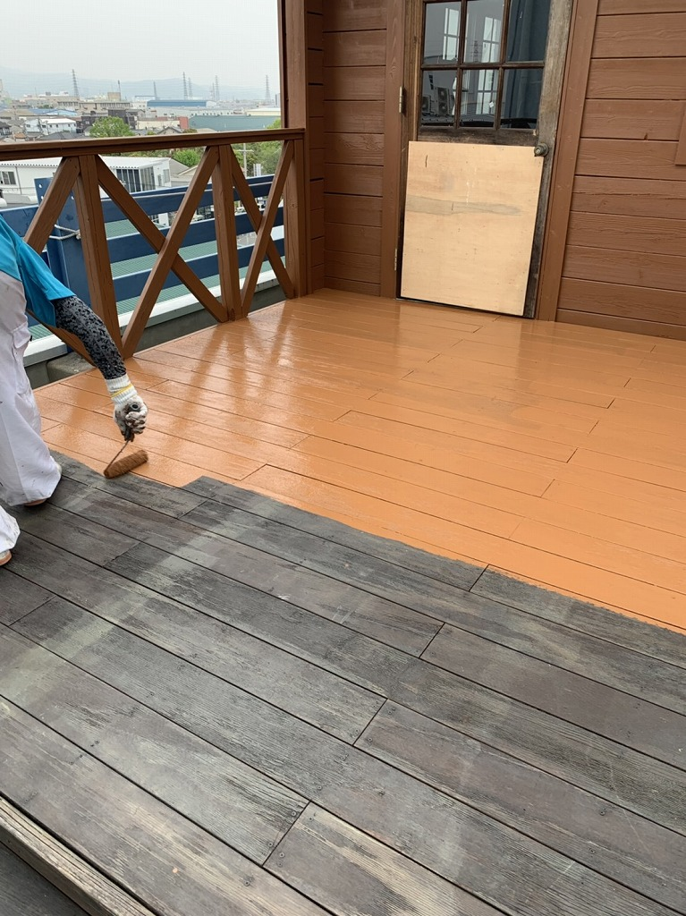 ログハウス 塗装工事 大阪